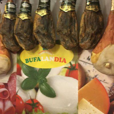 Bufalandia di Del Vecchio Antonio a Napoli per la vera mozzarella di bufala